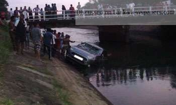 Sri Lanka News for Car found floating on Viyana canal