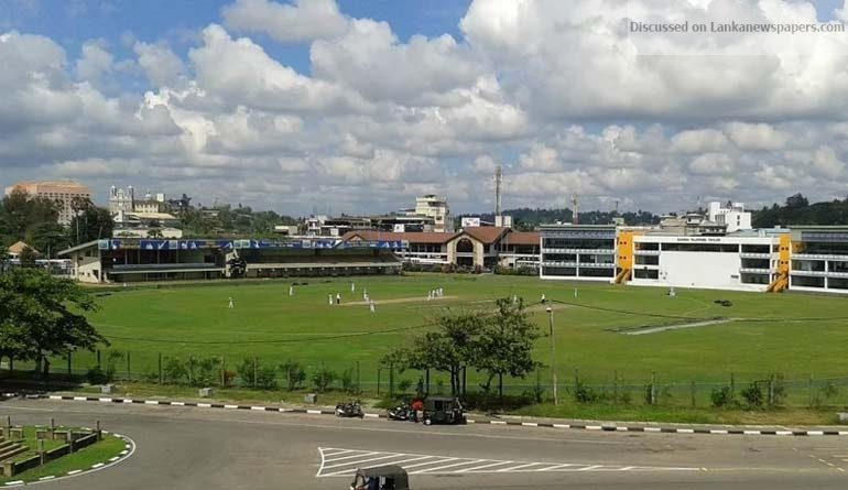 Sri Lanka News for A sudden change in the Galle Stadium pitch