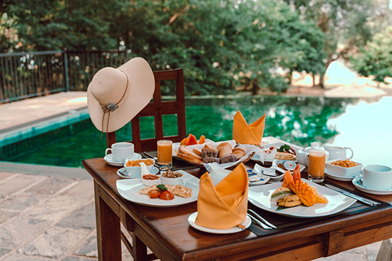 Breakfast by the pool 1 in sri lankan news